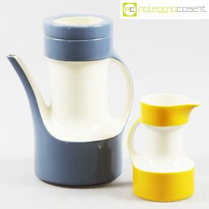Pagnossin Ceramiche, brocca azzurra e bricco giallo (1)