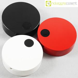 Cini & Nils, posacenere apribile nero, bianco e rosso, Studio OPI (4)