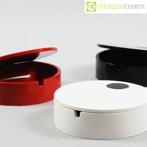 Cini & Nils, posacenere apribile nero, bianco e rosso, Studio OPI (6)