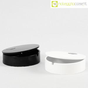 Cini & Nils, posacenere apribile nero e bianco, Studio OPI (3)