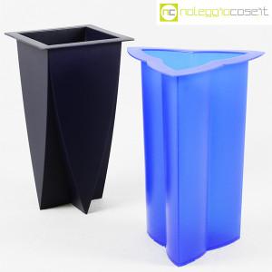 Magis, vasi in plastica Mirto e Timo, Marcello Morandini (1)