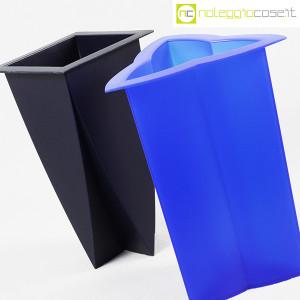 Magis, vasi in plastica Mirto e Timo, Marcello Morandini (4)