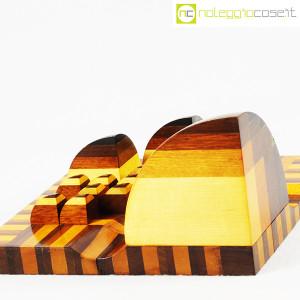 Scultura geometrica in legno (7)