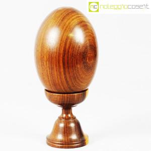 Uovo grande in legno con base (1)