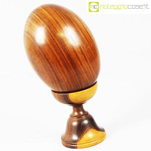Uovo grande in legno con base (3)