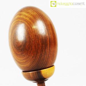 Uovo grande in legno con base (4)