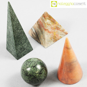 Forme geometriche in marmo (4)