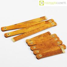 Metri pieghevoli vintage in legno