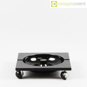 Renzo Mori Design, posacenere nero su ruote (2)