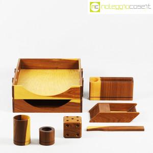 Complementi da scrivania in legno (2)