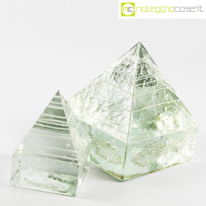Piramidi in vetro pieno lavorato (3)