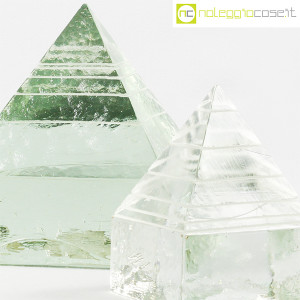 Piramidi in vetro pieno lavorato (6)