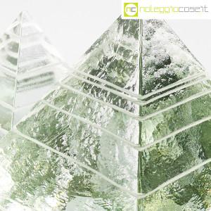 Piramidi in vetro pieno lavorato (9)