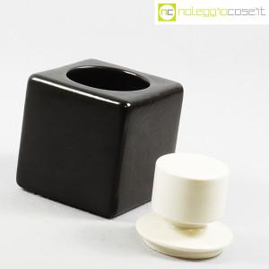 Contenitore nero in ceramica con tappo bianco (5)