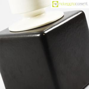 Contenitore nero in ceramica con tappo bianco (7)