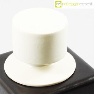Contenitore nero in ceramica con tappo bianco (8)
