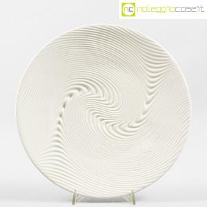 SIC Ceramiche Artistiche, piatto bianco con decoro a rilievo (1)