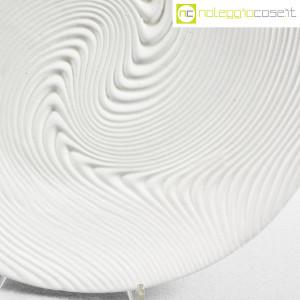 SIC Ceramiche Artistiche, piatto bianco con decoro a rilievo (7)