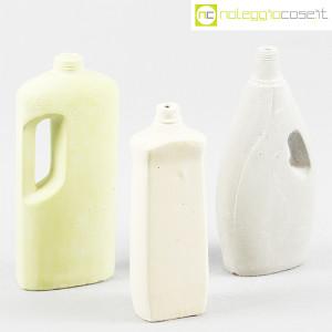 Seletti, vasi flacone in cemento (1)