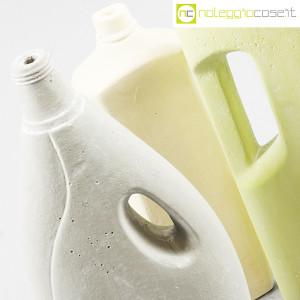 Seletti, vasi flacone in cemento (6)