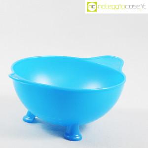Alessi, scolapasta azzurro mod. EM03, Enzo Mari (3)