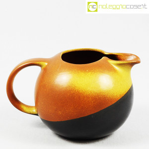 Ceramiche Bucci, brocca versatoio bicolore, Franco Bucci (1)