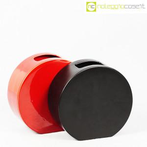 Ceramiche Franco Pozzi, vasi nero e rosso serie Strutture Primarie (3)