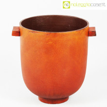Vaso in metallo color ruggine