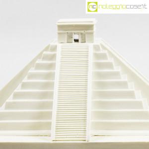 Ultima Edizione, Castillo monumento Souvenir, Ettore Sottssass (5)