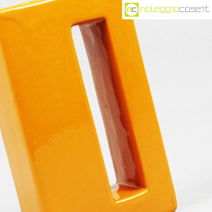 Vaso parallelepipedo color ocra (8)