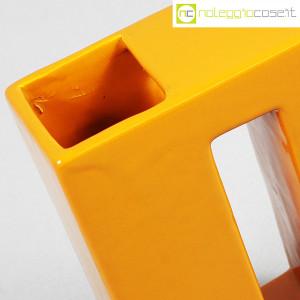 Vaso parallelepipedo color ocra (9)
