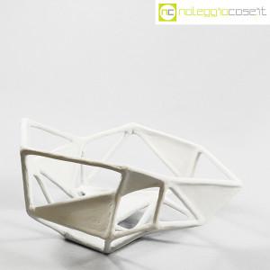 Centrotavola imperfetto in gesso grigio chiarissimo (3)