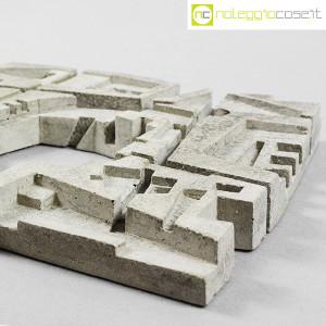 Scultura brutalista in cemento (6)
