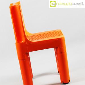 Kartell, sedia per bambini arancio K1340, Marco Zanuso, Richard Sapper (6)
