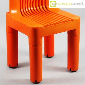 Kartell, sedia per bambini arancio K1340, Marco Zanuso, Richard Sapper (8)