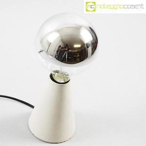 Lampada con base in cemento grigio (4)