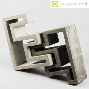 Scultura componibile in cemento (1)