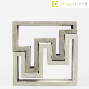 Scultura componibile in cemento (2)