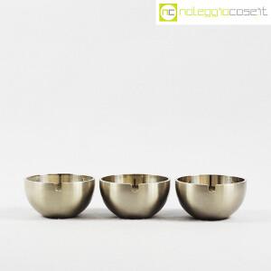 Cini & Nils, set posacenere impilabili in metallo, Studio OPI (2)