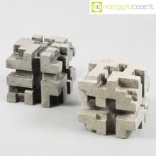 Cubi in cemento traforato