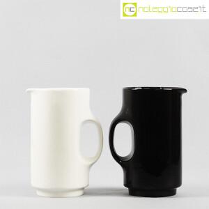 Gabbianelli, brocca bianca e nera, Studio OPI (2)