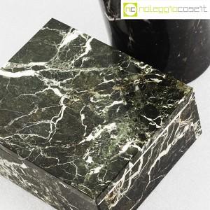 Vaso e scatola in marmo nero (9)