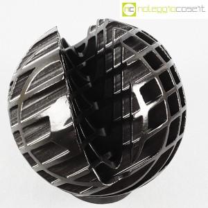 Tasca Ceramiche, sfera Trafila in ceramica nera, Alessio Tasca (4)