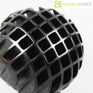 Tasca Ceramiche, sfera Trafila in ceramica nera, Alessio Tasca (5)