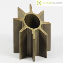 Oggetto (portapenne) in acciaio